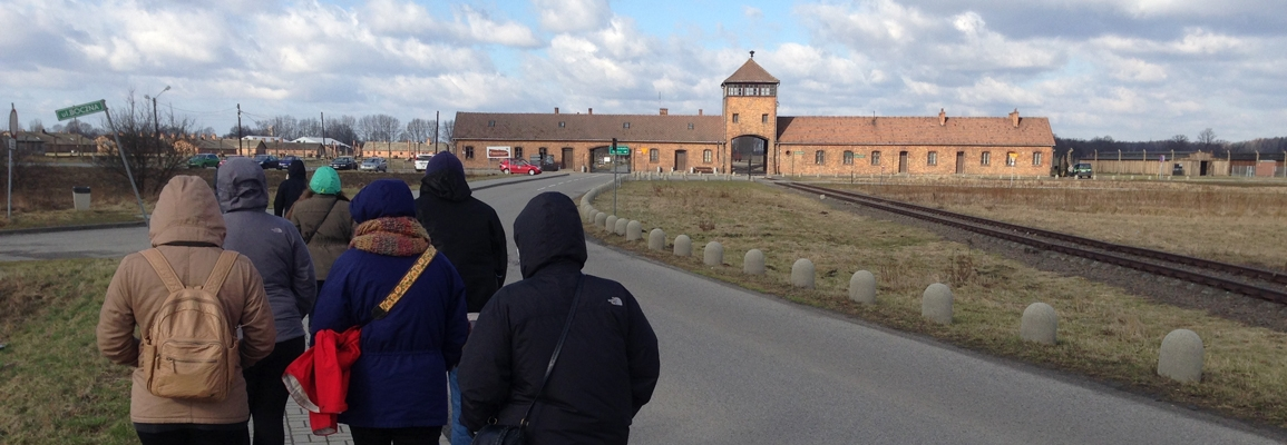 JHP minors in the Holocaust research seminar approaching the Auschwitz-Birkenau State Memorial