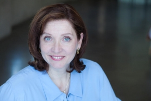 Headshot of Clarinda Ross, Los Angeles-based writer and a professional actor. Photo Submitted.
